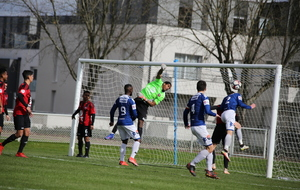 Coupe de l'Anjou. NDC - SO Cholet 2 : 2-1